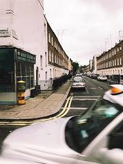 London. (Ally Kropp) Tags: london england colors street londonstreet citystreet iphonephotography iphonephotographer iphone7 vsco cars photography pretty aesthetic