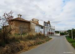 Ermita del Santo Cristo (kirru11) Tags: ermita ermitadelsantocristo camino campo hierva cielo nubes quel larioja españa kirru11 anaechebarria canonpowershot