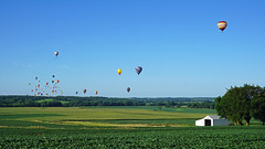 Early Morning Flight II (Francoise100) Tags: balloons