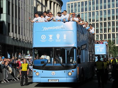 The Bus Business LX03BZF 20052019a (Rossendalian2013) Tags: manchestercityfootballclub parade manchester thebusbusiness fourmidables opentop transbus trident alx400 lx03bzf stagecoacheastlondon