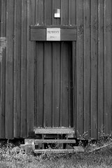 Members only (Petoskey Drones) Tags: porte door sign ligh wood barn