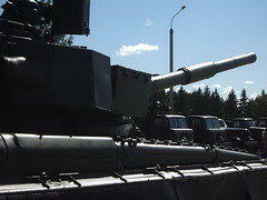 """T-80B 2 • <a style=""""font-size:0.8em;"""" href=""""http://www.flickr.com/photos/81723459@N04/48597145707/"""" target=""""_blank"""">View on Flickr</a>"""