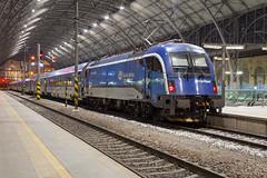ÖBB 1216 250 Praha hlavní nádraží (daveymills37886) Tags: öbb 1216 250 praha hlavní nádraží baureihe siemens taurus es64u4