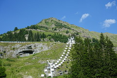 Chairlift @ Resort @ Flaine @ Hike to Désert de Platé (*_*) Tags: 2019 summer ete august afternoon hiking europe france hautesavoie 74 savoie loop circuit mountain montagne nature randonnee trail sentier walk marche giffre désertdeplaté flaine skiresort stationdeski faucigny