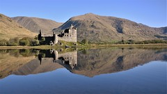 Reflections by kilchurn castle (Rudi Verspoor) Tags: kilchurn castle water reflections scotland travel travelling tranquil landscape lake highlands westcoast scottish scenic scenery old ancient may spring fresh