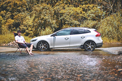 恰如其分的開CC來涉水 (M.K. Design) Tags: taiwan volvo volvoforlife volvocarstaiwan volvocars volvov40 v40 v40crosscountry hatchback crossover modified stance apracing kw erst summer vacation travel roadtrip nikon z6 mirrorless mirrorlesscamera hdr cars sigma 50mm f14 bokeh 台灣 富豪 瑞典國寶 madeinsweden 生活 旅行 掀背車 夏天 夏日 野溪 涉水 跨界 尼康 無反 無反光鏡相機 散景 適馬 大光圈 定焦鏡 淺景深 陽光 sunshine 秘境