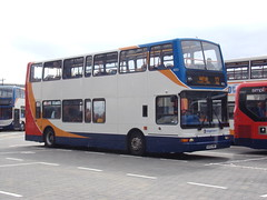 Stagecoach TransBus Trident (TransBus President) 18055 KX53 VNF (Alex S. Transport Photography) Tags: outdoor vehicle road bus stagecoach stagecoacheastmidlands transbustrident dennistrident trident plaxtonpresident transbuspresident route12 18055 kx53vnf