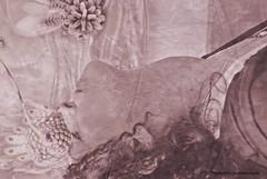 Mujer soñando con la primavera (-Ana Lía-) Tags: retrato mujer portrait nikon flickr primavera sueño flor flores montaje perfil woman analialarroude argentina imagen monocromático
