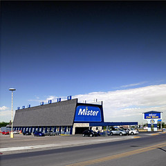 Albuquerque, New Mexico, USA (pom'.) Tags: usa albuquerque newmexico panasonicdmctz101 breakingbad thea1acarwash bogdanwolynetz walterwhite skylerwhite moneylaundering heisenberg