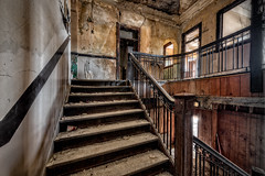 Stairs to 2nd Floor (Frank C. Grace (Trig Photography)) Tags: fallriver massachusetts unitedstatesofamerica newengland abandoned urbex urbanexploration jail bedfordstreet bedfordstreetjail historic history prison policestation bedfordstreetstation contaminated old forgotten redevelopment frpd highstreet recordsdepartment court crime criminal nikon d850 trigphotography frankcgrace on1pics decay rusty rust jailcell cell confinement 1916 hdr highdynamicrange photography