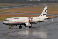 SX-DVV Aegean Airlines (Gerry Hill) Tags: a320 232 sxdvv aegean airlines airbus a320232 stockholm arlanda airport sweden cleisthenes akropolis museum logo jet gerry hill sverige d90 d80 d70 d7200 d5600 bridge nikon aircraft aeroplane international airline airplane transport