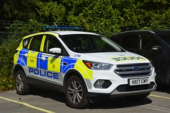 HX17 CMY (S11 AUN) Tags: hampshire constabulary police ford kuga 4x4 rural patrol vehicle car panda irv incident response 999 emergency hx17cmy