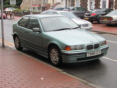 BMW 316i Compact (Andrew 2.8i) Tags: wales uk carspotting spotting street car cars streetspotting united kingdom road classic classics german hatch hatchback compact executive e36 e365 3series 316i 316 bmw