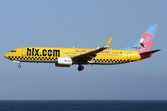 d-ahfx b738 gcrr (Terry Wade Aviation Photography) Tags: b738 gcrr hlx special