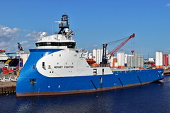 Hermit Fighter (Iain Maciver SY) Tags: aberdeen psv ship scotland oil supplyvessel