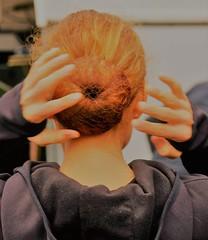 2019 Kstelentocht (Steenvoorde Leen - 14.8ml views) Tags: 2019 doorn utrechtseheuvelrug kastelentocht woman handen hands headshot facial paardenstaart ponytailpferdeschwanz