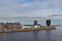 Aberdeen VTS and Fitdee (Iain Maciver SY) Tags: aberdeen