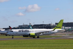 airBaltic YL-CSM DUB 03/07/19 (ethana23) Tags: planes planespotting aviation avgeek aeroplane aircraft airplane airbus a220 a220300 cs300 airbaltic