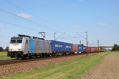 LINEAS 186 424-8 Containerzug, Graben (michaelgoll777) Tags: lineas railpool br186 traxx