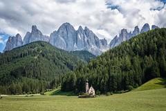Chiesa di San Giovanni (Gessi.2) Tags: montagna alto adige valgardena italia norditalia natura foto fotografia photo