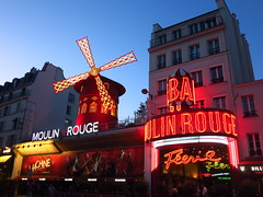 eutmp059moulin (invisiblecompany) Tags: 2019 travel france paris landmark club