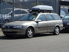 1997 Vauxhall Vectra 2.0 CDX 16v Auto (Neil's classics) Tags: 1997 vauxhall vectra 20cdx 16v touring station wagon estate