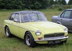 KFL 189G (Nivek.Old.Gold) Tags: 1969 mgc gt 2912cc