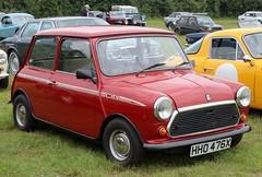 HHO 476X (1) (Nivek.Old.Gold) Tags: 1981 austin morris mini city auto 998cc henlys winchester