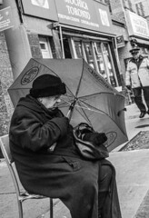 DSC_7464_epgs (Eric.Parker) Tags: april 19 easter 2019 goodfriday procession littleitaly stfrancis assisi church stfrancisofassisi college street jesus christ stationsofthecross christian christianity brassband toronto palm bw