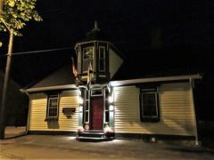 Maplebird House at night, Pelham Street, Lunenburg, Nova Scotia (Paul McClure DC) Tags: lunenburg novascotia canada maritimes june2018 architecture historic