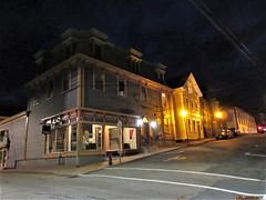 Corner at night, Cornwallis and Lincoln streets, Lunenburg, Nova Scotia (Paul McClure DC) Tags: lunenburg novascotia canada maritimes june2018 architecture historic