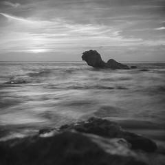 (GOJR.) Tags: travel seascape 6x6 tlr film analog ilfordsfx meduimformat rolleiflexautomat r72filter zeissoptontessart75mmf35