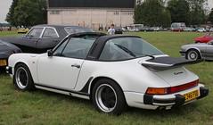 E346 FSO (2) (Nivek.Old.Gold) Tags: 1988 porsche 911 carrera sport targa 3164cc hagleyspecialistcars