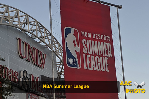 "NBA Sumemr League • <a style=""font-size:0.8em;"" href=""http://www.flickr.com/photos/159796538@N03/48602646437/"" target=""_blank"">View on Flickr</a>"