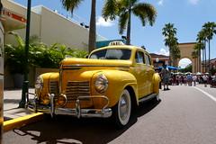 1940 Plymouth Cab at Universal Orlando, FL_P1060563 (Wampa-One) Tags: universalorlandoresort universalstudiosflorida orlandofl yellow cab 1940 plymouth taxi