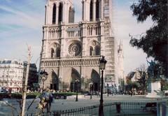 Paris-Notre (Randsom) Tags: