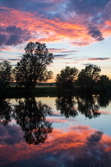 Savonnières Suset (jonshort58) Tags: 2019 indreetloire france june lecher river savonnières summer sunset sunsetlight