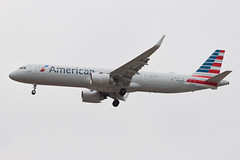 American Airlines Airbus A321NX N404AN (jbp274) Tags: lax klax airport airplanes americanairlines aa airbus a321 a321neo