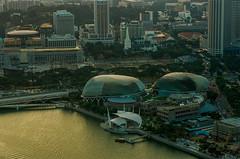 Singapore Esplanade on film (Thanathip Moolvong) Tags: nikon f100 lomography 800 negative film singapore esplanade