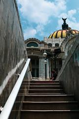 """""""Sigue el camino"""" (Yeli Rub) Tags: bellasartes bellas artes palacio ciudaddemexico cdmx photography photostreet composición canon canonmexicana"""