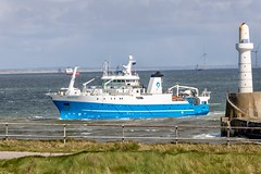 Scotia entering Aberdeen Harbour (georgehart64) Tags: scotia boat scotland canoneosr canon