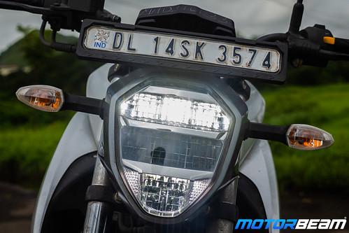 2019-Suzuki-Gixxer-15