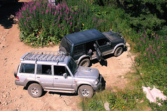 drop spot (mihxiii 2.0) Tags: cars mountain jeep off road aerial view