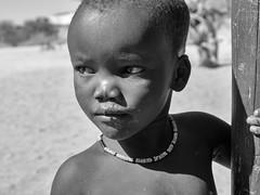 Faces Of Namibia VIII (Rainer ❏) Tags: portrait bw faces bn afrika sw namibia kaokoveld nomaden gesichter himbagirl xt2 nomadicpeople rainer❏ himbamädchen explore