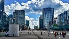 180810-053 La Défense (2018 Trip) (clamato39) Tags: samsung ladéfense paris france europe ville city urbain urban voyage trip highrise gratteciels