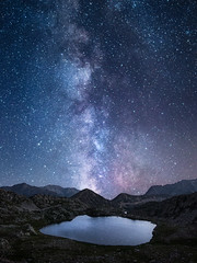 Voie lactée sur les lacs de terre rouge (jeff_006) Tags: landscape milky way milkyway stars star sky nightscape night mountain lake summer nature mercantour france south olympus omd em1mkii em1 panasonic panaleica leica 12mm f14 photoshop blending composite wideangle