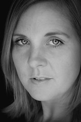 DSCF9319-15 (YouOnFoto) Tags: woman vrouw girl eyes ogen blue blauw portret portrait closeup intens intense blonde blond systeemcamera fujifilm xt20 zwart wit black white