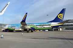 EI-EMI  B737-8AS(WL)  Ryanair (n707pm) Tags: eiemi boeing 737 b737 737800 airport airplane airline aircraft eidw dub ireland collinstown ryr fr ryanair ukairporttransfersnationalexpresslogo 12012015 dublinairport cn34979