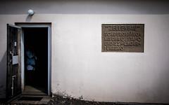 ''Bloque de celdas'' Prisión especial de la Gestapo y gestión de campamentos de las SS (Traducción) - Berlín dia 4 / Tag Vier Berlin (xavi.calvo - calvox) Tags: berlin berlín alemania berlinermauer mauer berliner sachsenhausen campodeconcentracionjudio judio judios campo concentracion camposachsenhausen holocausto holocaust jüdisch juden judenholocaust 3reich iiireich ss sachsenhausencamp oranienburg brandenburg brandenbrugo