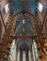 Inside St Mary's Basilica, Rynek Glówny (market square), Krakow, Poland (Miche & Jon Rousell) Tags: poland krakow stmarysbasilica romancatholic basilica rynekglówny marketsquare square iphonography iphone8